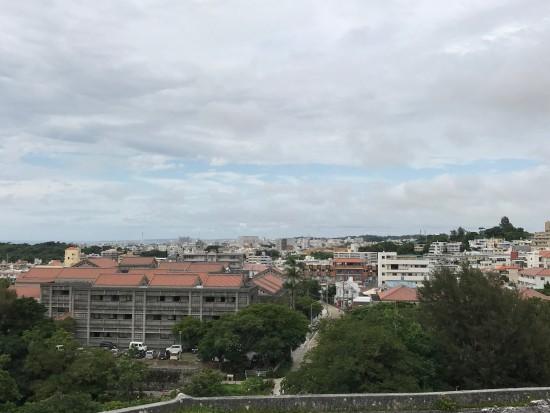 沖縄街並み